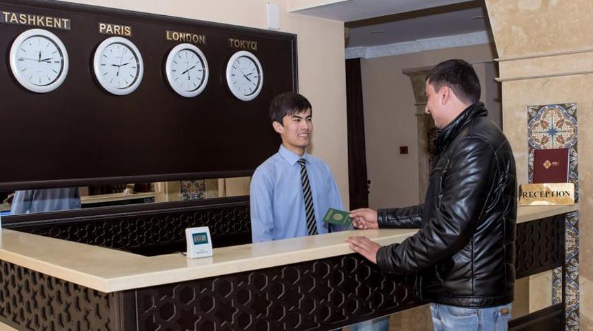 Гостиница Бек Самарканд ресепшн