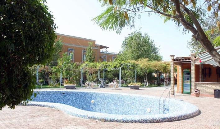 Гостиница Азия Бухара басейн 1