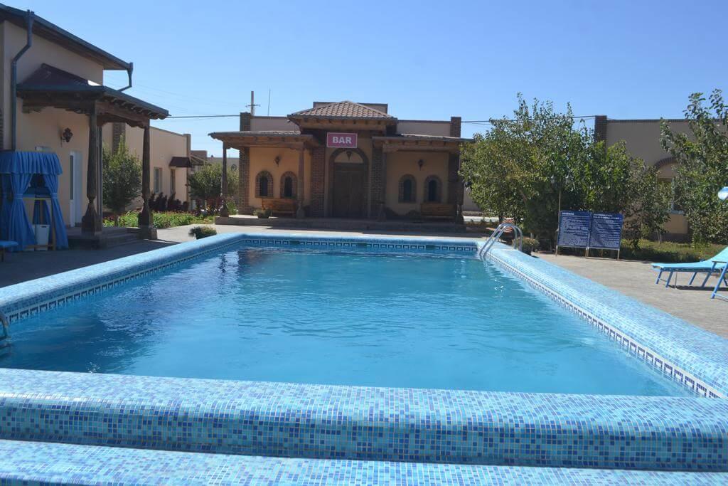 Гостиница Азия Хива бассейн 1