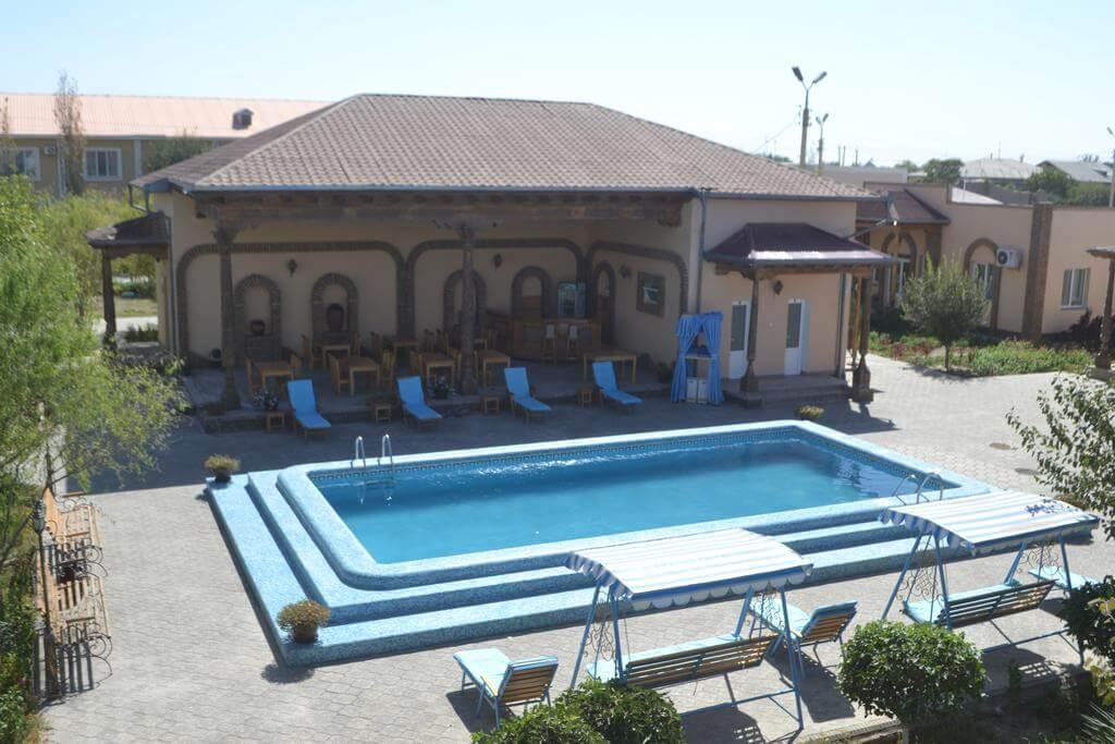 Гостиница Азия Хива бассейн 2
