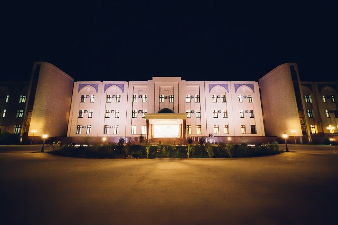 Гостиница Бек Хива фасад 2