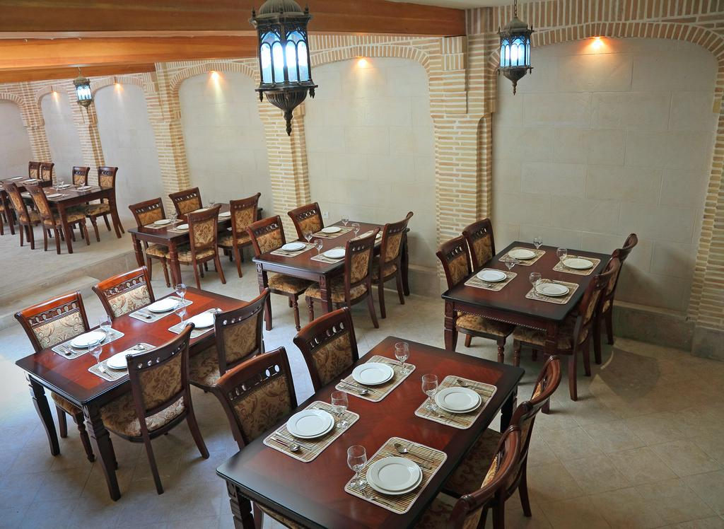 Гостиница Девон Беги Бухара ресторан 1