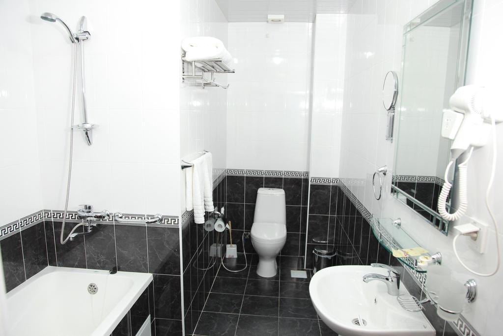 Гостиница Девон Беги Бухара ванная 1