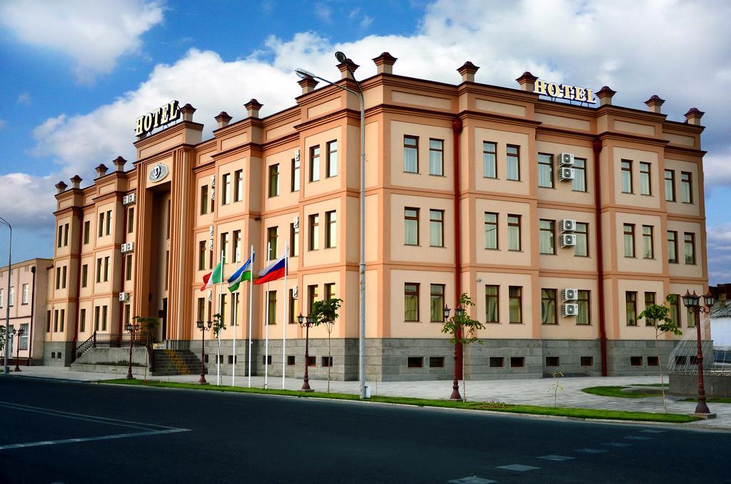 Гостиница Диёра Самарканд фасад 1