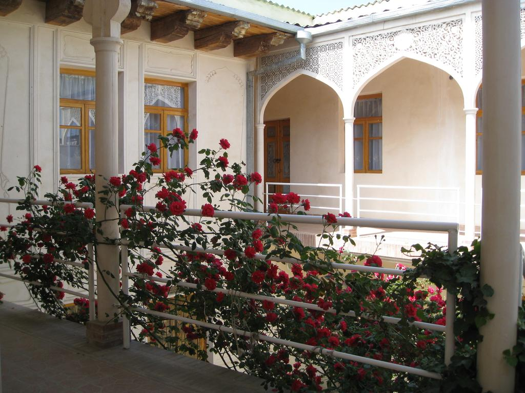 Гостиница Эмир Бухара двор 5