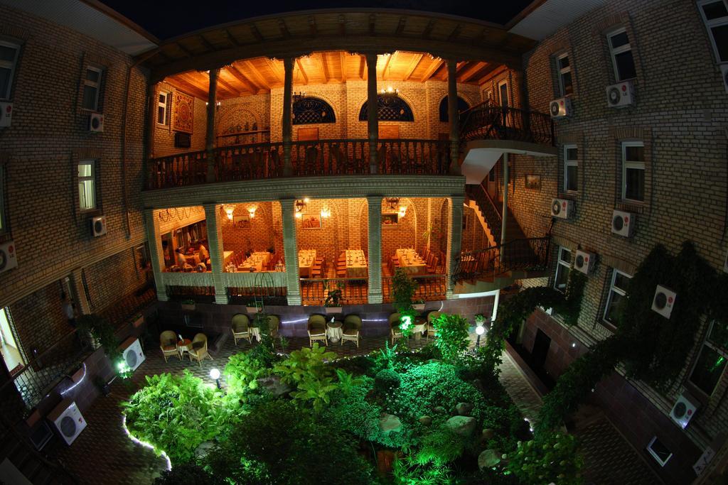 Гостиница Гранд Самарканд фасад