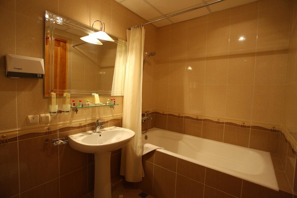 Гостиница Гранд Самарканд ванная 1