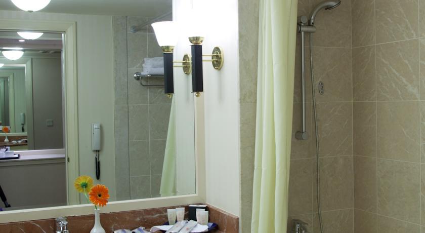 Гостиница Интернатионал Ташкент ванная 3