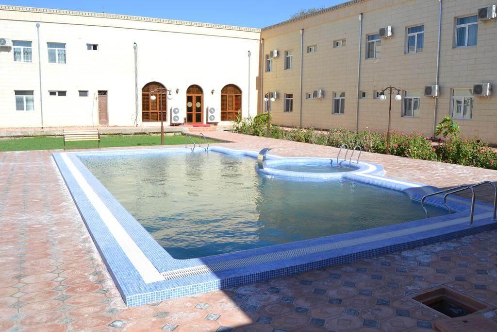 Гостиница Кибла Тозабог Хива бассейн