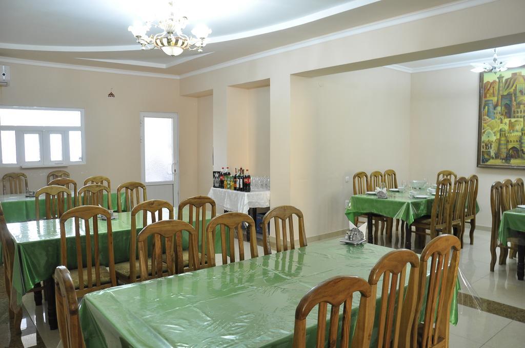 Гостиница Мадраса Амирхон Хива ресторан 1