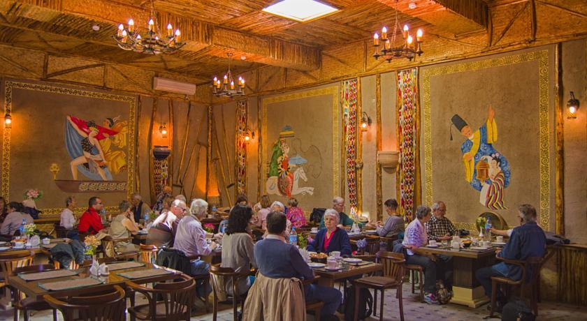 Гостиница Малика Бухара ресторан 3