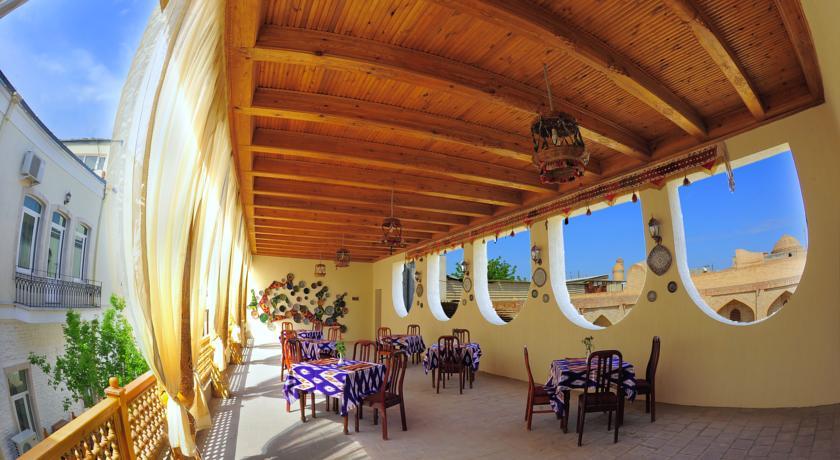 Гостиница Малика Бухара терасса 1