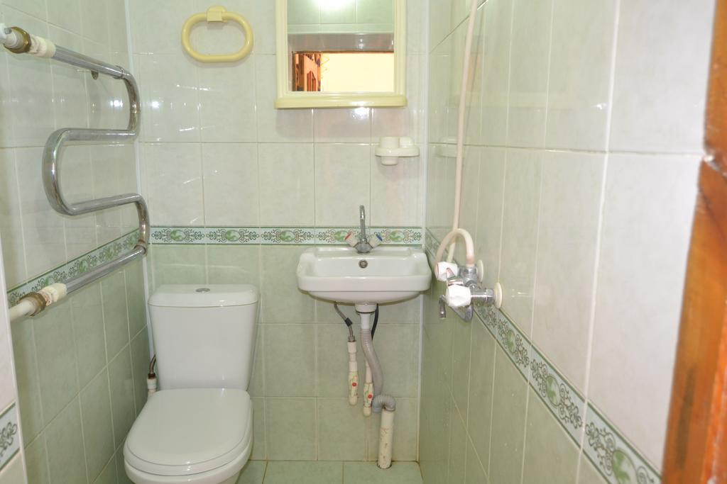 Гостиница Назира&Азизбек Бухара ванная 1