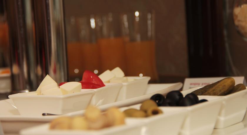 Гостиница Рамада Ташкент ресторан 7