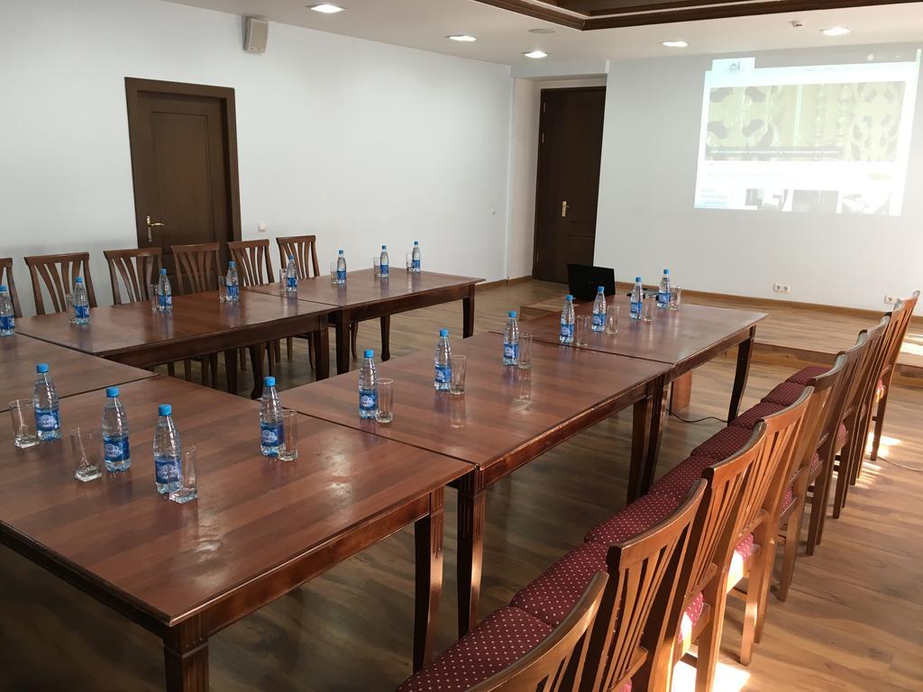 Гостиница Регистан Самарканд конференционный зал 2
