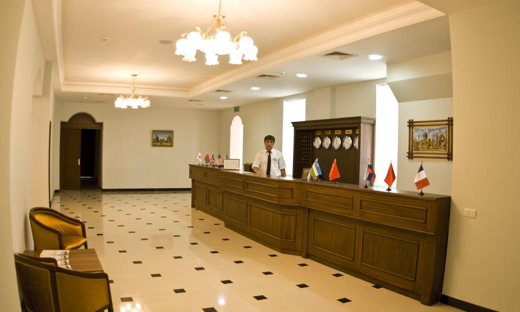Гостиница Регистан Самарканд ресепшн 1