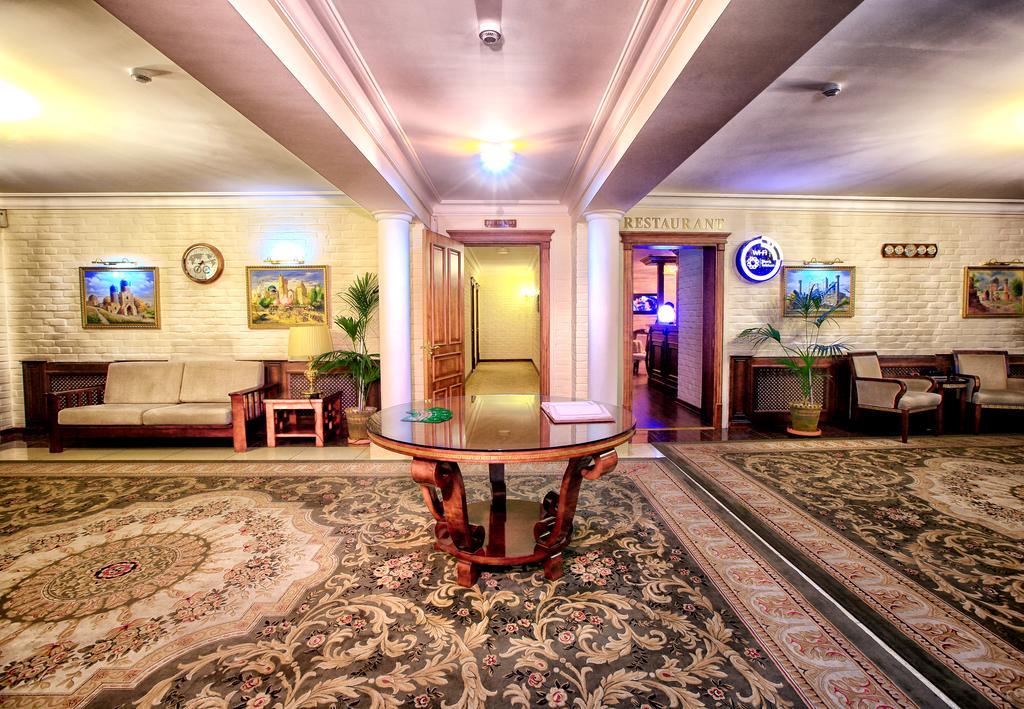 Гостиница Шарк Ташкент холл