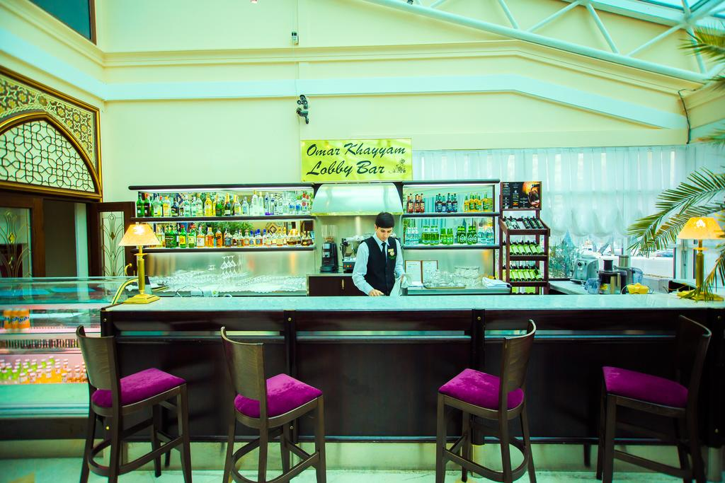 Гостиница Сити Палас Ташкент бар 1