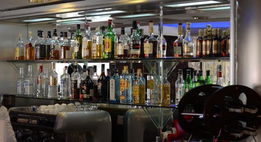 Гостиница Виндам Ташкент бар