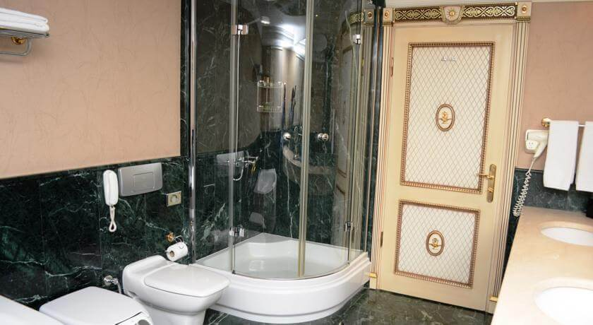 Гостиница Виндам Ташкент ванная 1