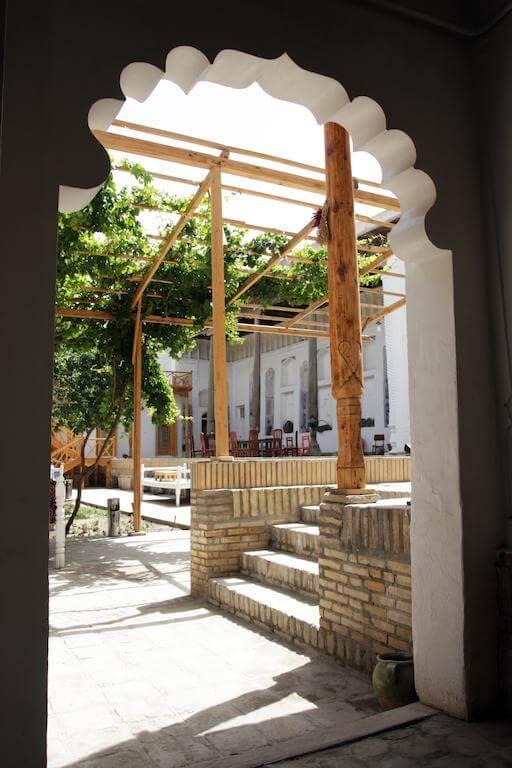 Гостиница Ховли Поён Бухара двор 3